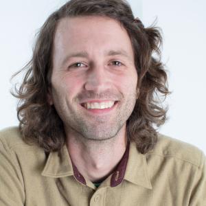 Headshot photo of Jesse Vieau.