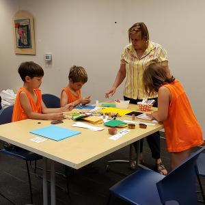 Amy Meizel leads an art project