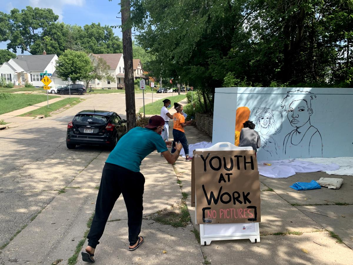 Youth at Work on the Shelter mural