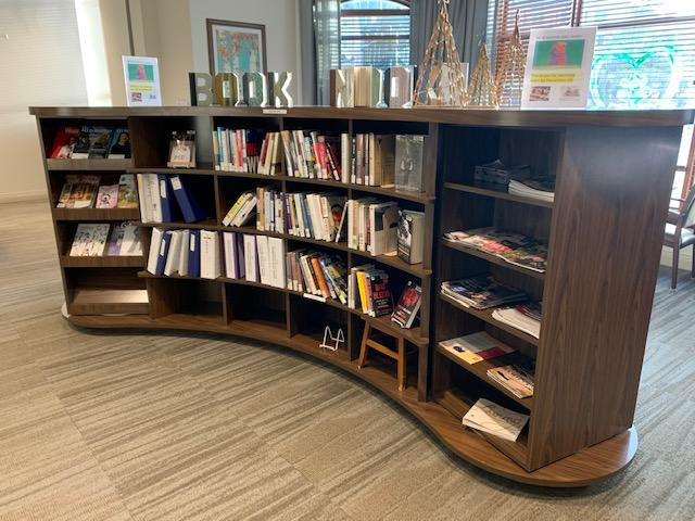 Home Service Impact Story: Book Nook at Oakwood Village Prairie Ridge